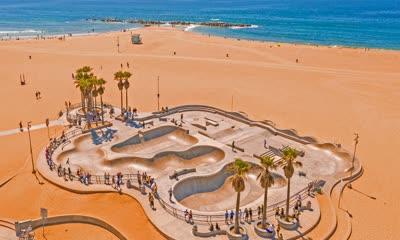 威尼斯海滩滑板公园鸟瞰图